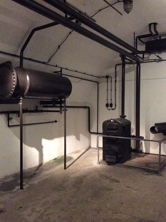 Jersey War Tunnels - German Underground Hospital : The boiler room