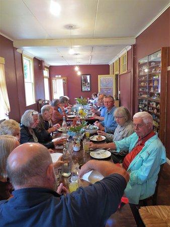 Reefton, Nuova Zelanda: Lunch Room in the Broadway Tearooms
