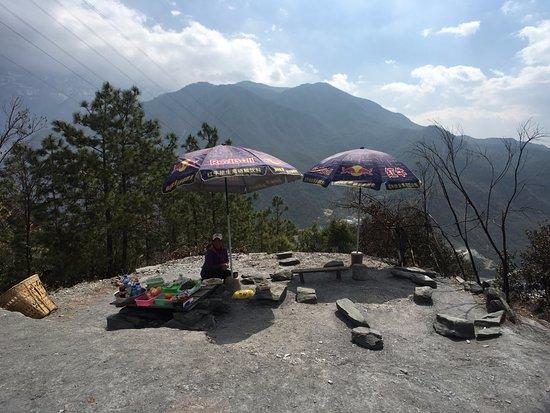 Condado de Shangri-La, China: 트래킹 하다가 쉬어가는 곳
