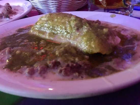 North Vernon, Индиана: Awesome tamale with green sauce and chile perdido!!  Give it a go!!  Carpe diem!!