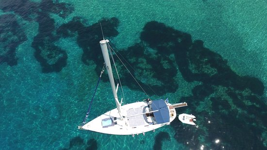Sailing Aenao