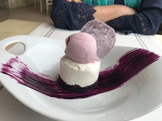Province of Valencia, Spanien: tarta de violeta