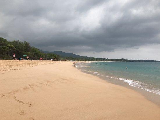 Oneloa Beach : Expansive clean beach