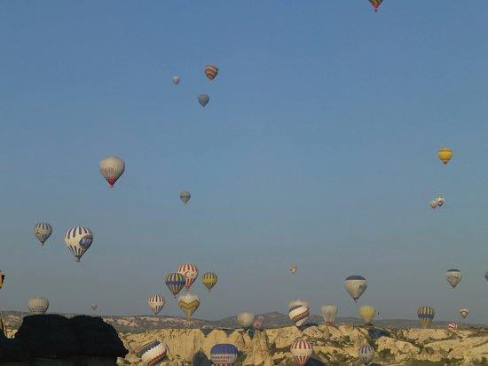 Sultan Balloons: 空での渋滞。