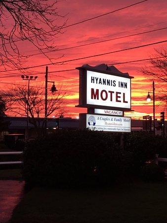 Hyannis Inn Motel Photo