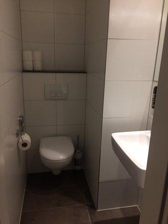 High Quality Aletto Hotel Kudamm: Bettu0026 Badezimmer
