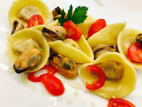 Fondi, อิตาลี: Tortelli di zucca grigliata alle cozze