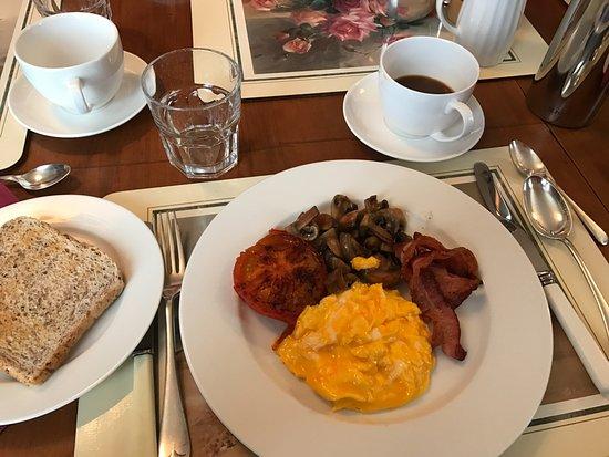 Manapouri, Selandia Baru: Breakfast by Rob!