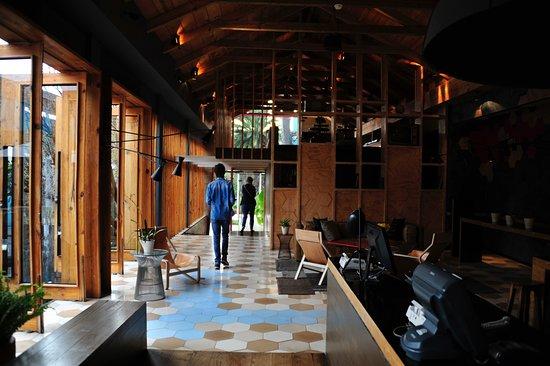 Hotel Bo: area recepción