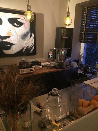 Offene Küche wo alles selbst gemacht wird - Picture of Zurlinden ...