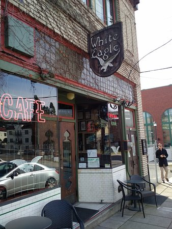 McMenamins White Eagle Saloon and Rock & Roll Hotel 사진
