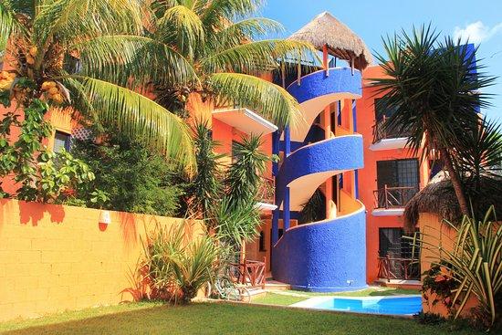 Vida Playa Condo Hotel