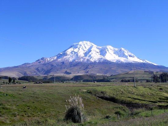 Province de Chimborazo, Équateur : Visitar el cerro Chimborazo te da la oportunidad de estar a mas de 4000 msnm y a metros de la ni