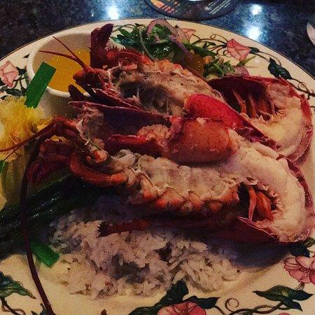 5 Palms Restaurant: lobster dinner special.