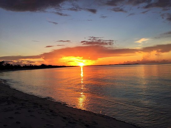 Sunset at Treasure Cay Beach