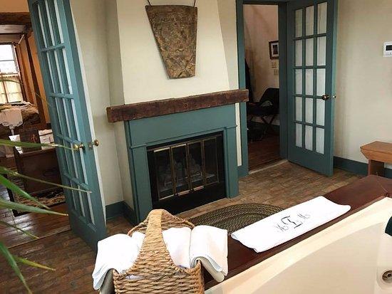 "Cedarburg, WI: The ""tub room""."