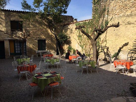 Restaurante le jardin restaurant en none con cocina for Le jardin restaurant haguenau