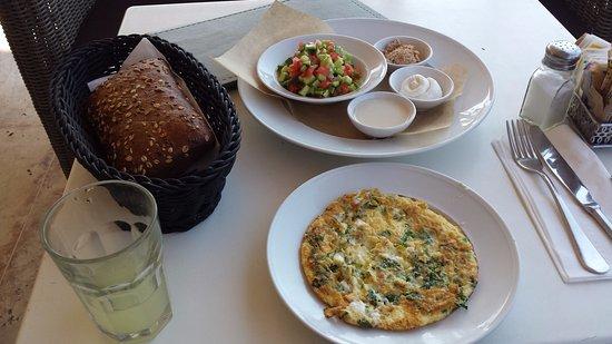 Cafe Cafe : breakfast