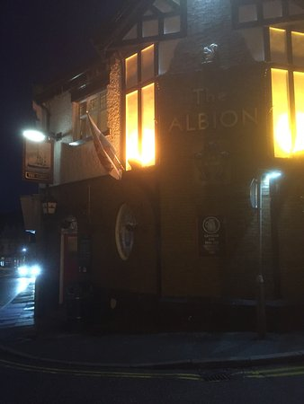 The Albion Ale House: photo0.jpg