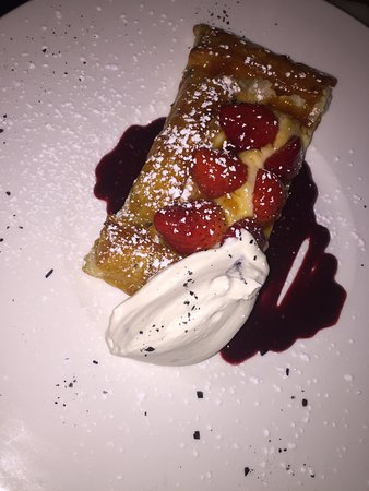 Wilton Manors, FL: tarta de fresas y crema