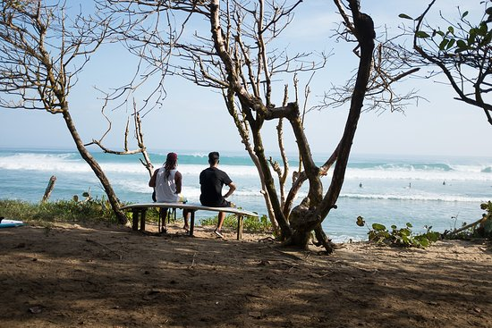 Cabarete, Repubblica Dominicana: Big swell days are good for watching or taking a lesson in the white wash