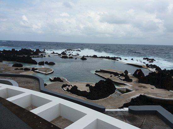 Porto Moniz Natural Swimming Pools: Piscine naturelle magnifique