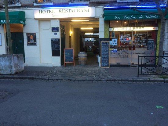 La Garenne-Colombes, Francia: entrée restaurant