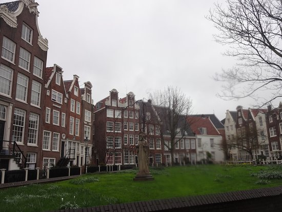 Photo of Historic Site Begijnhof at Gedempte Begijnensloot, Amsterdam 1012 RM, Netherlands