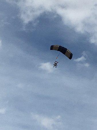 Skydive Las Vegas : photo1.jpg