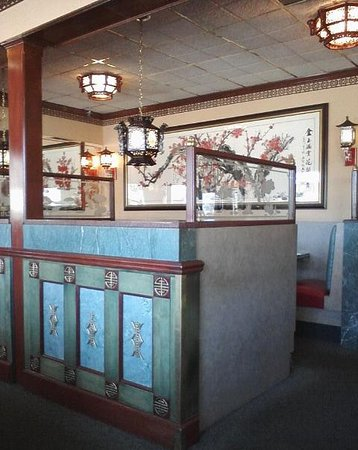 Saint Clair Shores, MI: Restaurant Interior