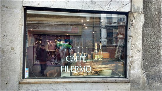 Photo of Bar Cafe Filermo at Cannaregio, 2208, Venice 30121, Italy