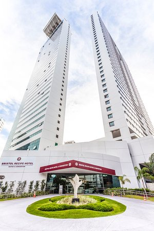 Bristol Recife Hotel & Suites Convention