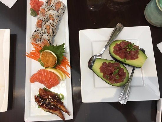 Sushi with avi picture of chophouse asian fusion cuisine for Asian fusion cuisine