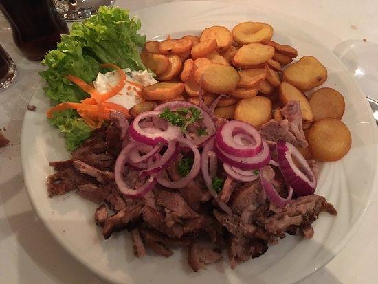 Athena Restaurant Grec: photo1.jpg