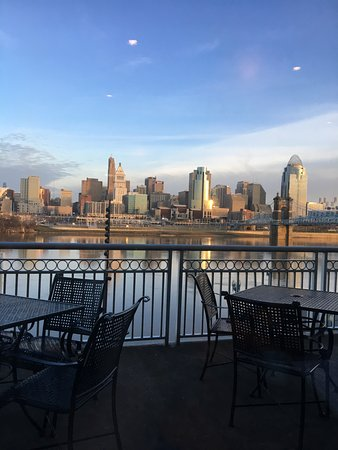 Covington, KY : View from hotel restaurant at breakfast.