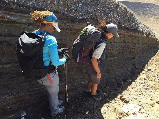 Turangi, Yeni Zelanda: My wife following Tracy's steps