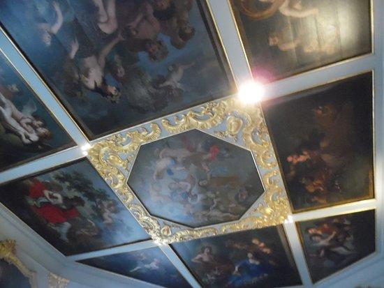 Bilzen, Belgium: Another ceiling in the castle