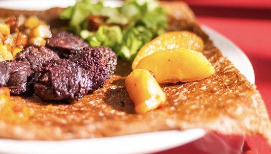 creperie la clef de la presqu'île : galette boudin noir aux deux pommes (pommes de terre et pommes fruits)