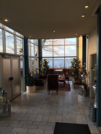 Viborg, Denmark: Näkymä hotellin ravintolasta aamiaisella