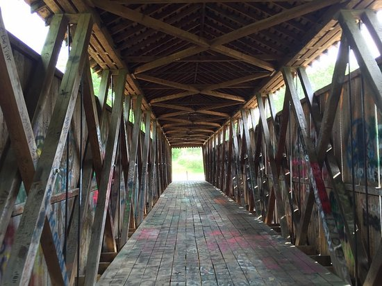 Frankfort, KY: Switzer Covered Bridge