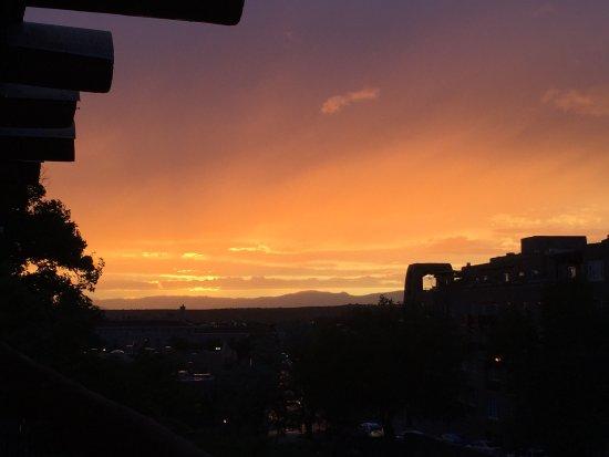 Inn and Spa at Loretto: View toward plaza at sunset