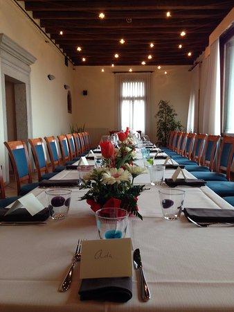 La Sala Rossa A Lume Di Candela Foto Di Villa Bassi Enoteca Cucina