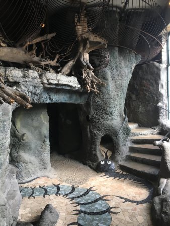 City Museum: on part of the inside