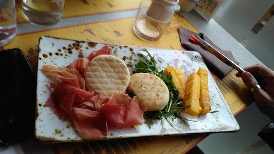 Lomazzo, Włochy: IMG_20170321_132023_large.jpg