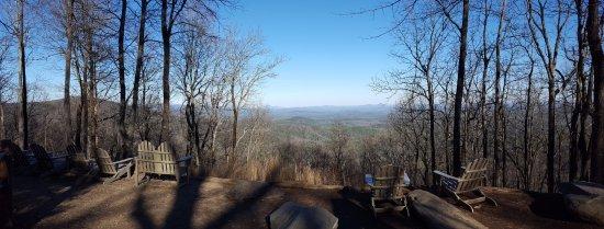 Len Foote Hike Inn: Over looking Dahlonega, Blairsville, and Yona Mountain