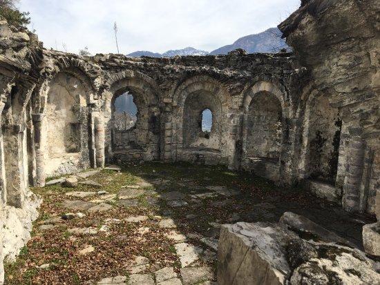 Ossuccio, Italien: Isola comacina,stupenda!