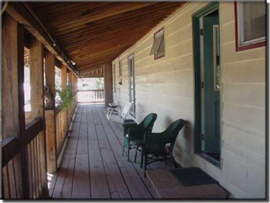 Chemult, OR: The upstairs veranda for our Lodge Room Guests