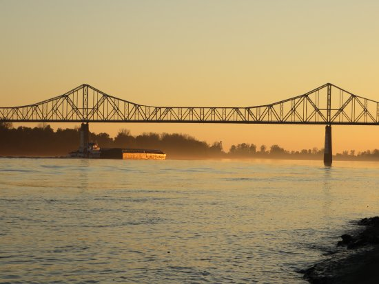 Cairo, IL: dusk at Ft. Defiance State Park (bridge across the Mississippi to Missouri)