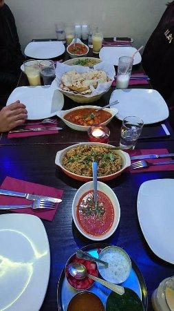Punjab Tandoori Restaurant: Biryani, naan, chicken garlic masala, chicken vindaloo, mango lassi