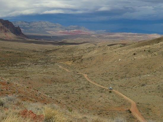 Blue Diamond, NV: beautiful view o the mountains and trail we drove on